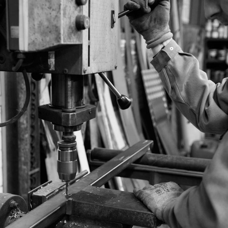 Mano-paris-metal-atelier-industriel