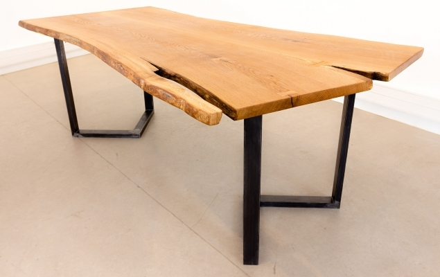 CHARLESTON – Table Live Edge